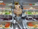 Make your own salad (salad bar)