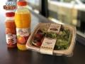 COMBO! Ελληνική σαλάτα με φρέσκο χυμό πορτικάλι ή καρότο